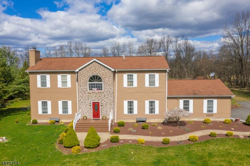 Photo of home for sale at 142 KINGWOOD-LOCKTOWN RD, Kingwood Twp. NJ