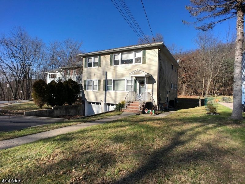 Photo of home for sale at 318 HILLSIDE AVE, Boonton Town NJ