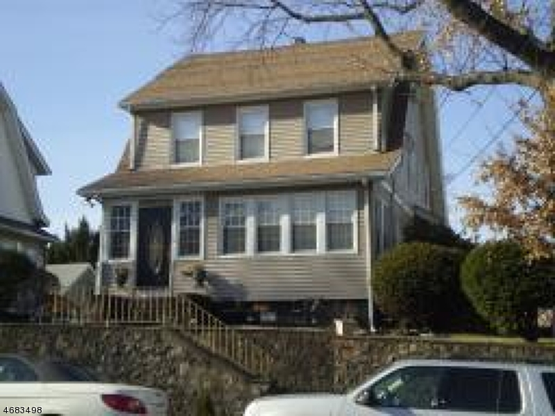 165 Hoover Ave, Bloomfield Township, NJ 07003
