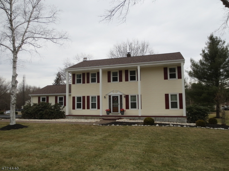 Photo of home for sale at 679 Meadow Rd, Bridgewater Twp. NJ