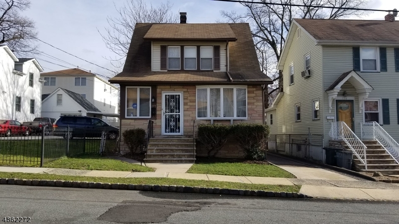Photo of home for sale at 277 INDIANA ST, Union Twp. NJ