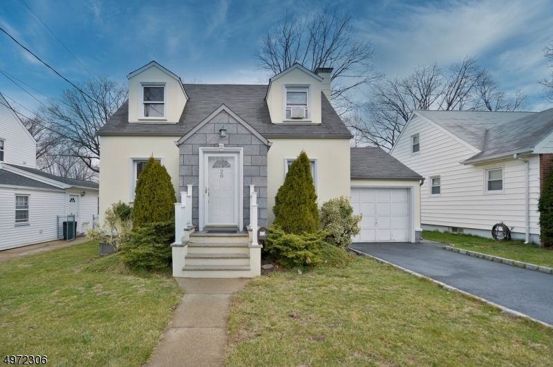 Photo of home for sale at 20 WALMAN AVE, Clifton City NJ