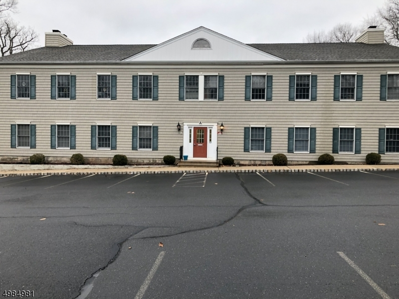 Photo of home for sale at 1124 US Highway 202, Raritan Boro NJ