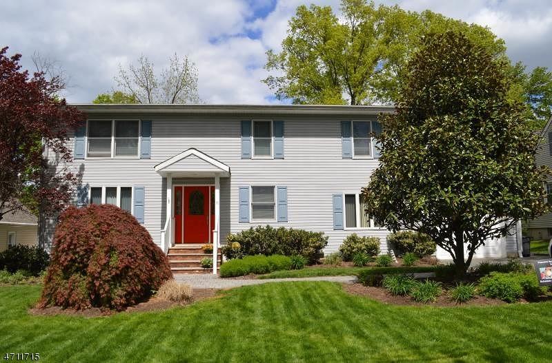 Property for sale at 31 Barnida Dr, East Hanover Township,  NJ 07936