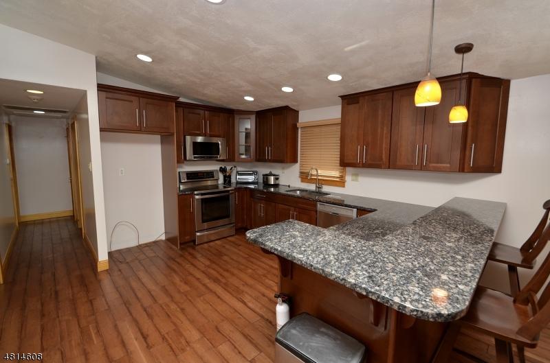 24 HILLSIDE RD Rockaway Twp., NJ 07885 - MLS #: 3480473