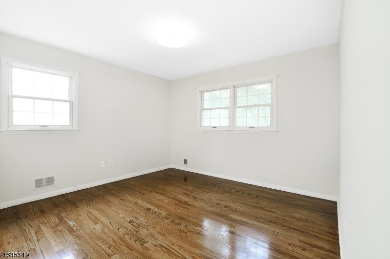 143 HAMILTON AVE Berkeley Heights Twp., NJ 07922 - MLS #: 3508373
