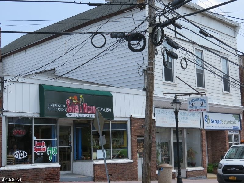 Photo of home for sale at 2 WALL ST, Rockaway Boro NJ
