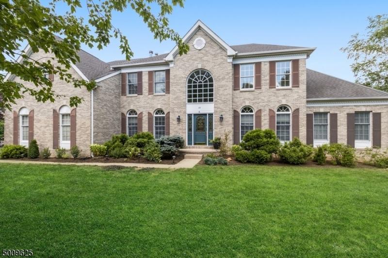 Photo of home for sale at 83 VANDERVEER DR, Bernards Twp. NJ