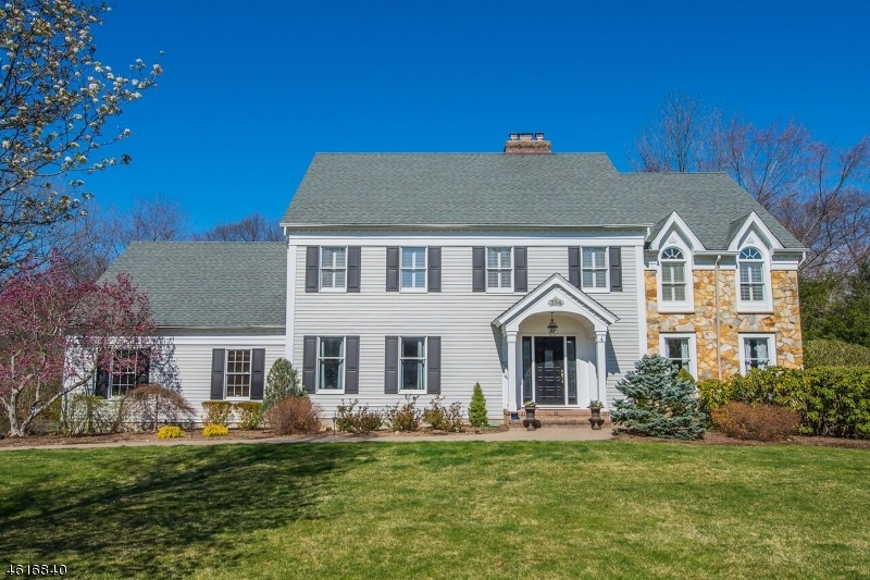 Property for sale at 354 Sturbridge Rd, Wyckoff Township,  NJ 07481