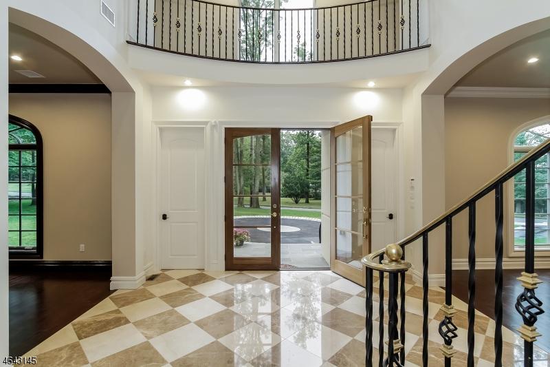 Property for sale at 17 Stone Ledge Rd, Upper Saddle River Borough,  NJ 07458