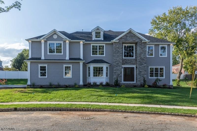 Property for sale at 15 Newbrook Ln, Springfield Twp.,  NJ  07081