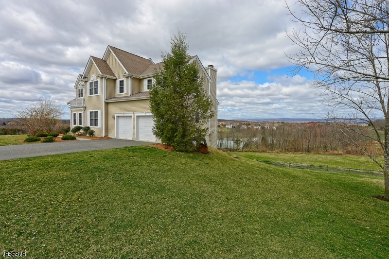 Photo of home for sale at 9 SPYGLASS HL, Fredon Twp. NJ