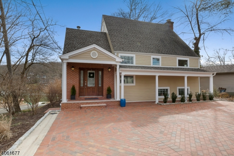 Photo of home for sale at 14 LAKE TRL W, Harding Twp. NJ