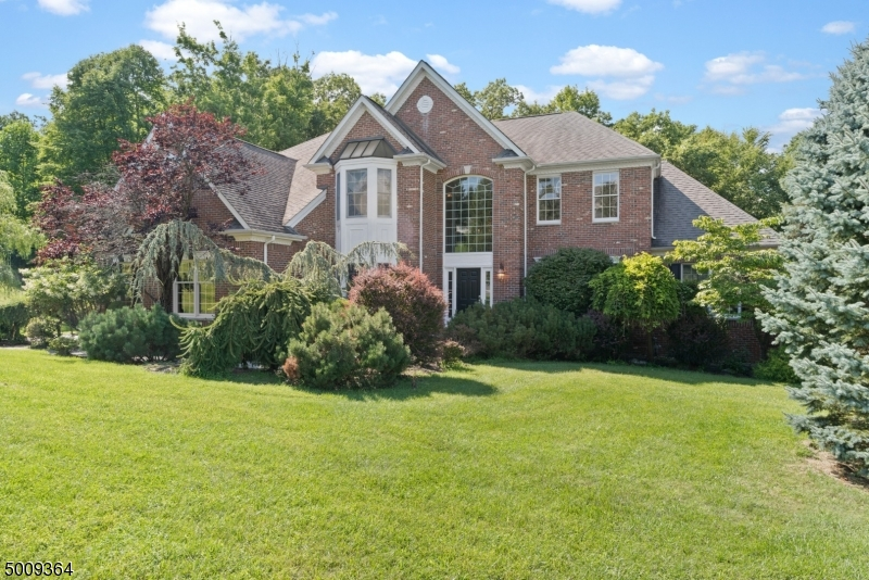 Photo of home for sale at 33 SKYVIEW DR, Sparta Twp. NJ