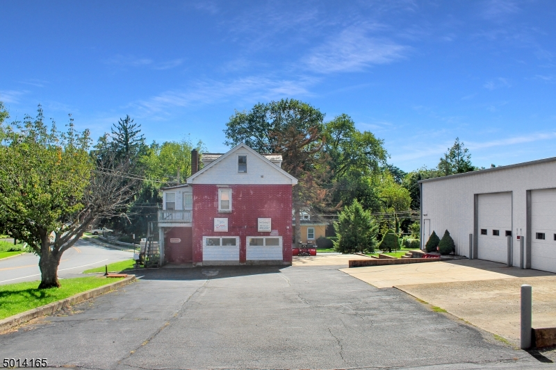 Photo of home for sale at 501 RUSSELL AVE, Pohatcong Twp. NJ