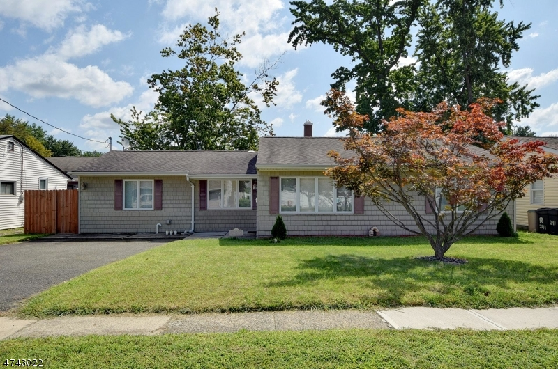 Property for sale at 253 Dukes Rd, Rahway City,  NJ  07065