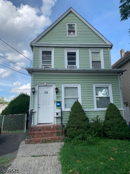 Photo of home for sale at 511 ROOSEVELT ST, Roselle Park Boro NJ