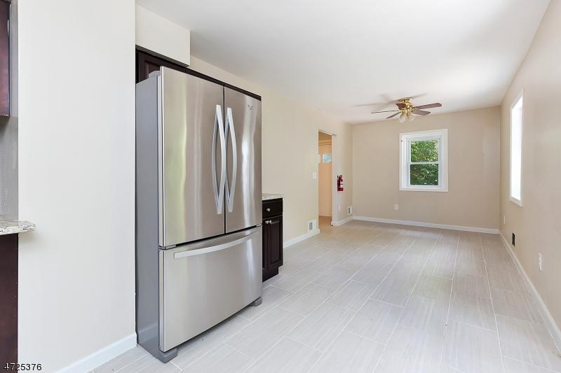 303 Stephenson Ave Middlesex Boro, NJ 08846 - MLS #: 3398477
