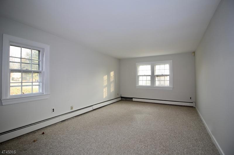 420 Holland Rd Bedminster Twp., NJ 07921 - MLS #: 3419077