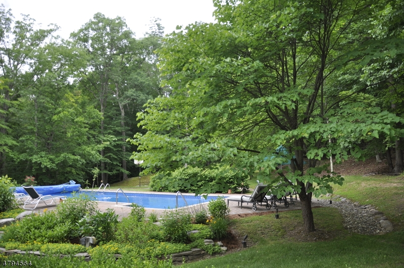 143 Mohican Rd Blairstown Twp., NJ 07825 - MLS #: 3473677