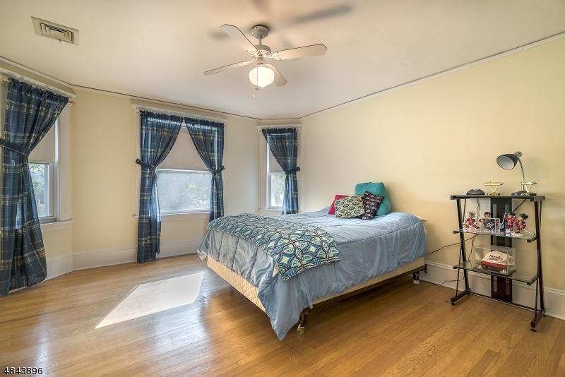 6 WILLIAM ST Bloomingdale Boro, NJ 07403 - MLS #: 3508477