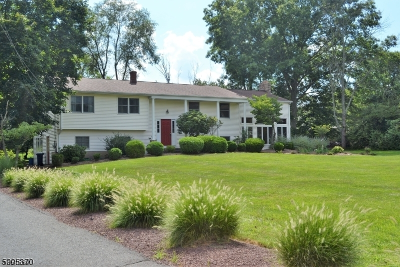 Photo of home for sale at 9 REVERE RD, Montgomery Twp. NJ