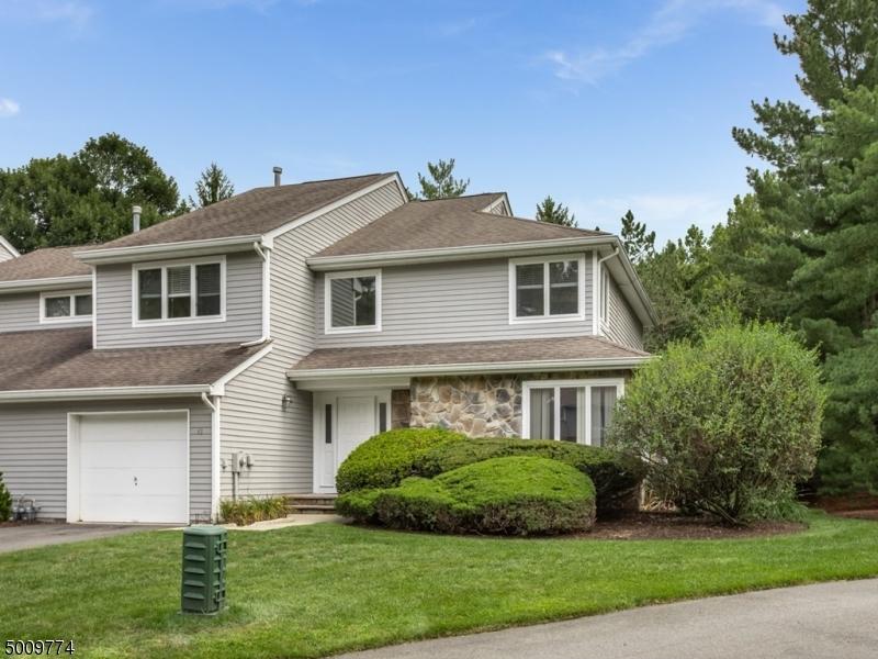 Photo of home for sale at 43 MATTHEW RD, Wayne Twp. NJ