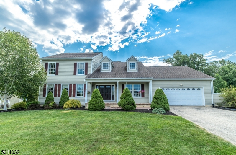 Photo of home for sale at 12 FIELDSTONE DR, Vernon Twp. NJ