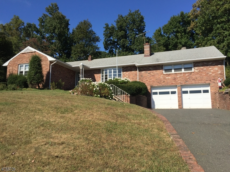 Property for sale at 1078 Sunny Slope Dr, Mountainside Boro,  NJ  07092