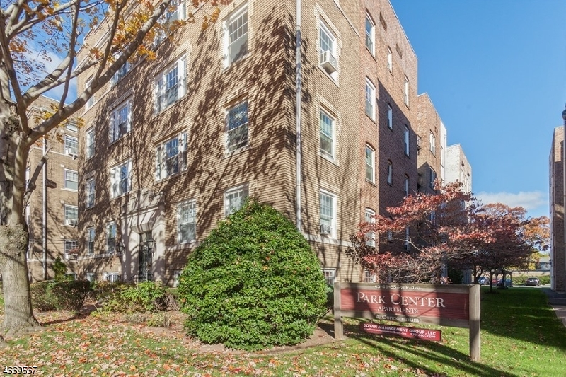 Property for sale at 55 Park Ave, Unit 32 Unit: 32, Bloomfield Twp.,  NJ 07003