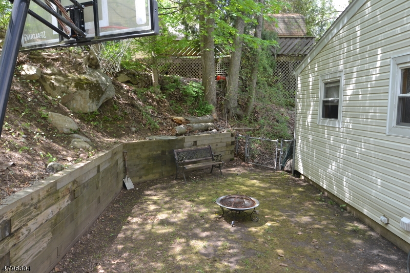 58 Vail Rd Roxbury Twp., NJ 07850 - MLS #: 3471178
