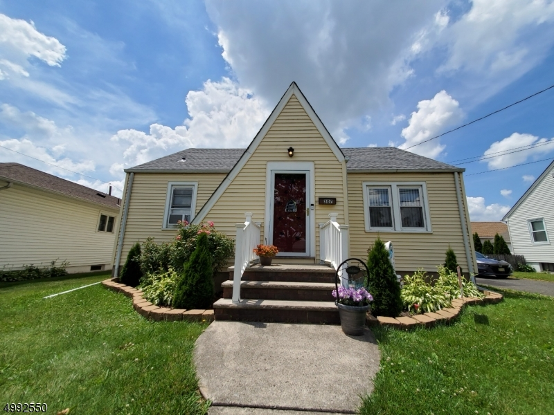 Photo of home for sale at 307 THOMPSON AVE, Bound Brook Boro NJ
