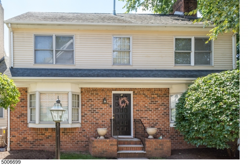 Photo of home for sale at 54 SPRINGFIELD AVE UNIT A, Summit City NJ