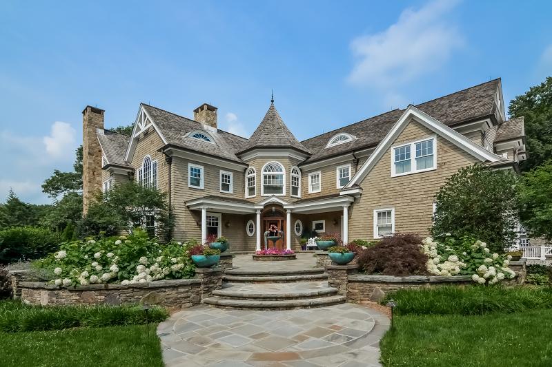 Property for sale at 150 Brookside Ave, Ridgewood Village,  NJ 07450