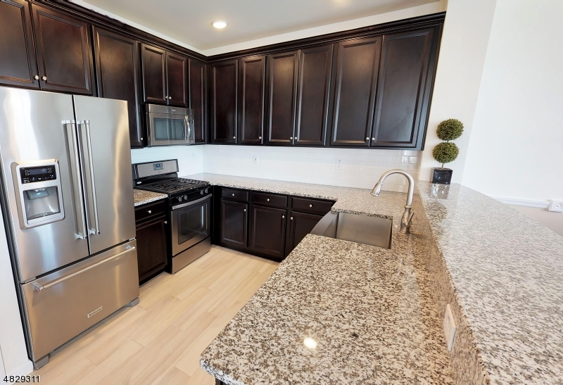 Photo of home for sale at 115 WESMONT DR, Wood-Ridge Boro NJ