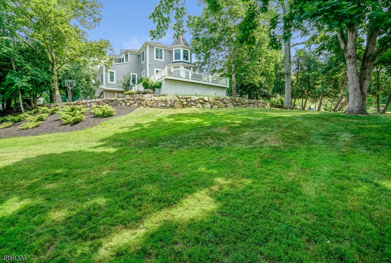 26 MORNINGSIDE DR Livingston Twp., NJ 07039 - MLS #: 3508379