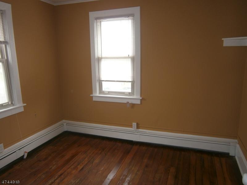 434 Warren St Phillipsburg Town, NJ 08865 - MLS #: 3422380