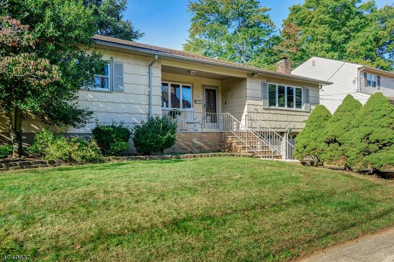 Property for sale at 204 Lambert St, Cranford Twp.,  NJ  07016