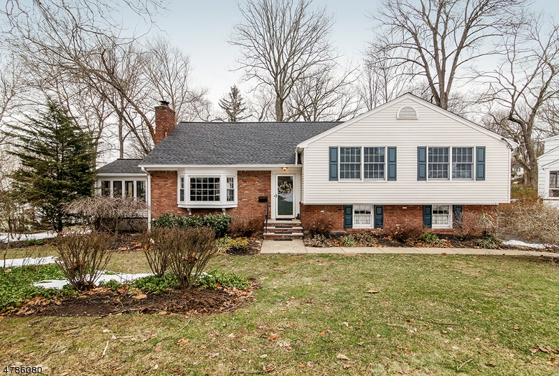 Property for sale at 16 Deerfield Rd, New Providence Boro,  NJ  07974