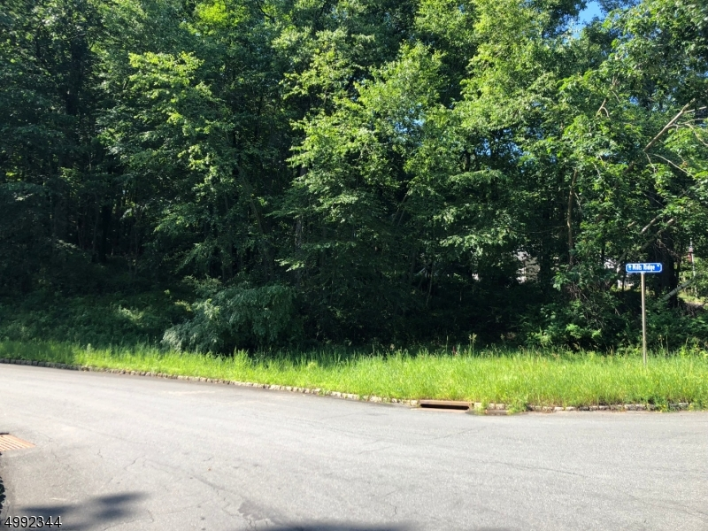 Photo of home for sale at MILLS RDG, Sparta Twp. NJ