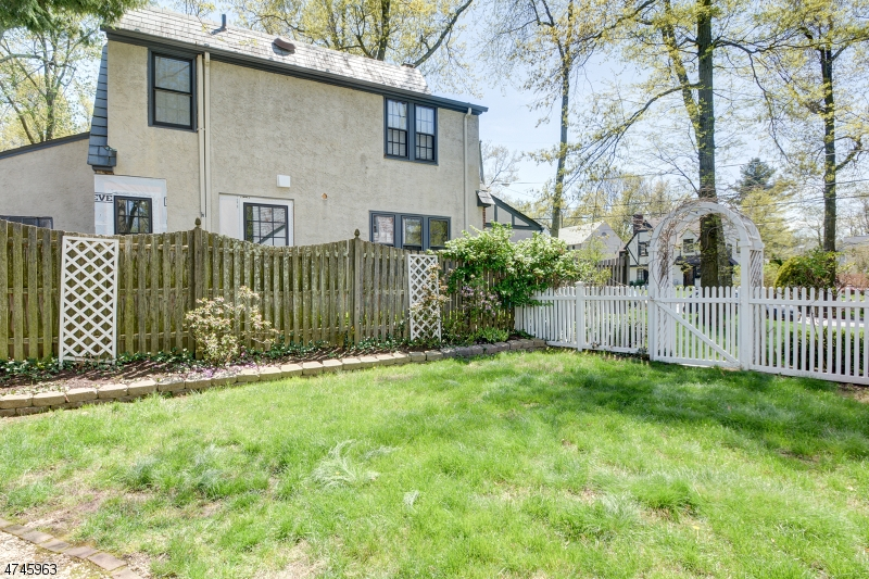 2 Midland Ter Summit City, NJ 07901 - MLS #: 3421881