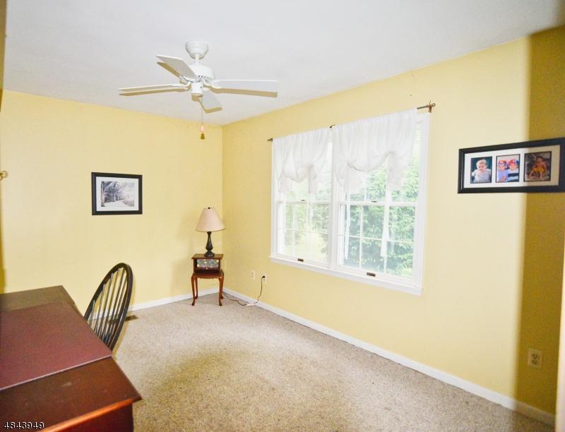 121 LOCUST GROVE RD Franklin Twp., NJ 08867 - MLS #: 3508381