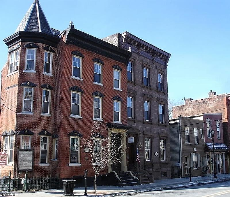 102 S MAIN ST Phillipsburg Town, NJ 08865 - MLS #: 3457482