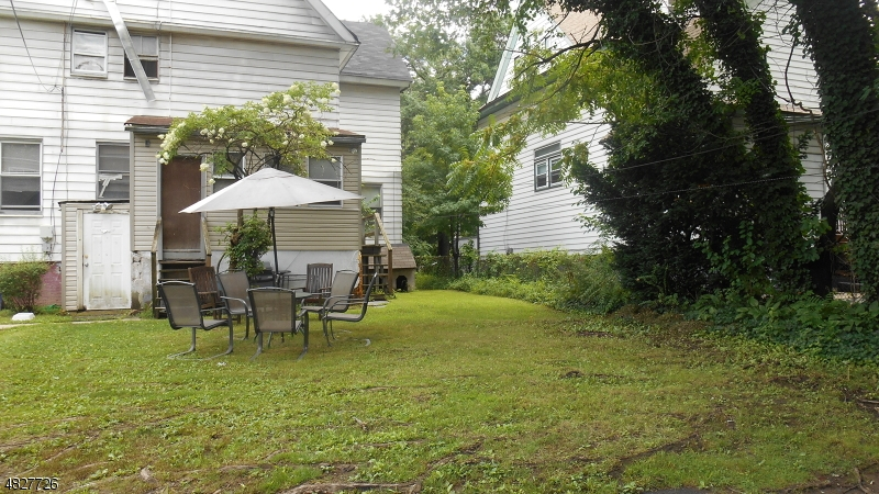65 HAWTHORNE AVE East Orange City, NJ 07018 - MLS #: 3493682