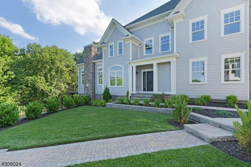 Photo of home for sale at 44 Park View Drive, Warren Twp. NJ