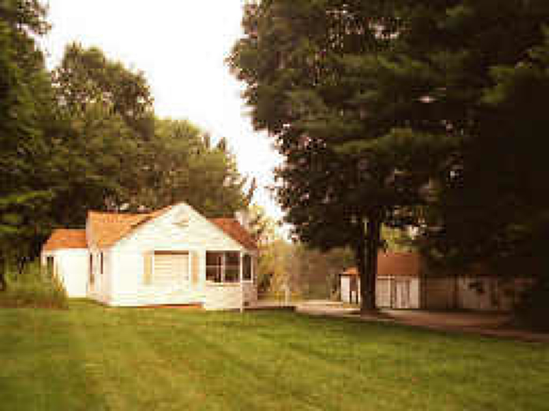 Photo of home for sale at 138 Main St, Sparta Twp. NJ