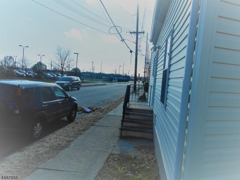 221 WATSESSING AVE, Bloomfield Township, NJ 07003