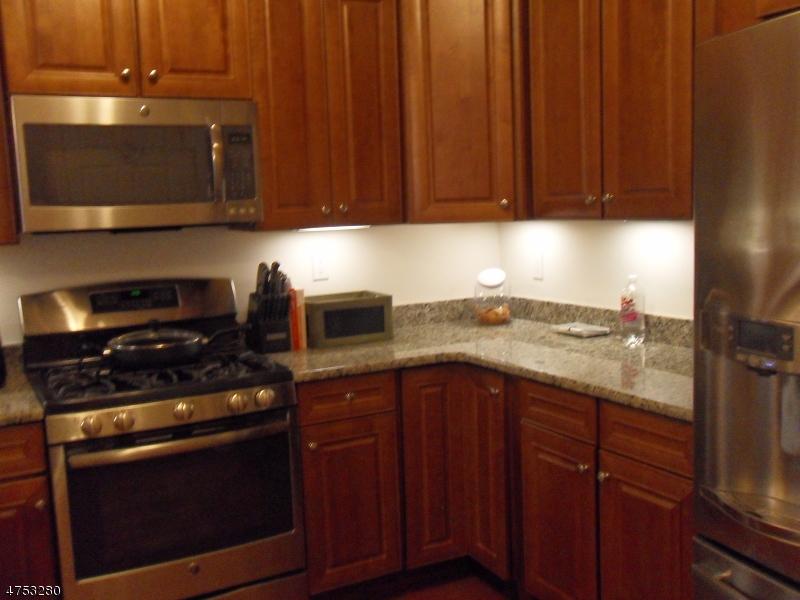 3108 Pierce Ln Rockaway Twp., NJ 07885 - MLS #: 3424383