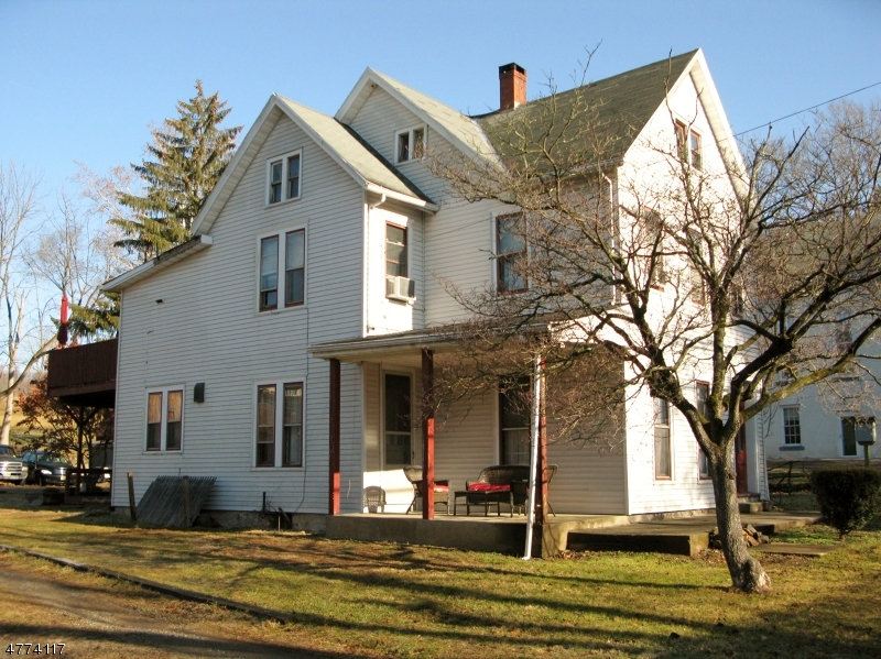 Photo of home for sale at 189 County Road 627, Pohatcong Twp. NJ