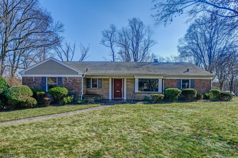 Property for sale at 1287 Poplar Ave, Mountainside Boro,  NJ  07092